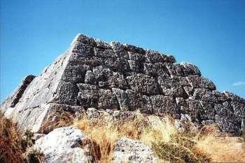 пирамиды Греции