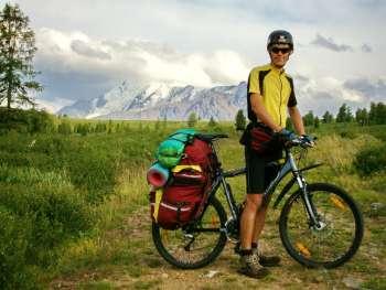 Велосипедом по тесрым тропам